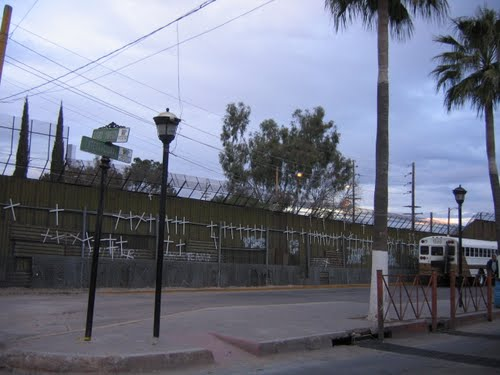Nogales border fence 2010, looking NE from Mex into USA